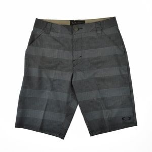 Oakley Mens Scotts Flat Front Shorts Black Print